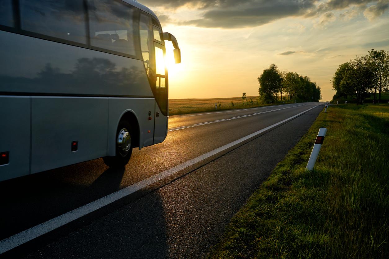 Autobús en la carretera