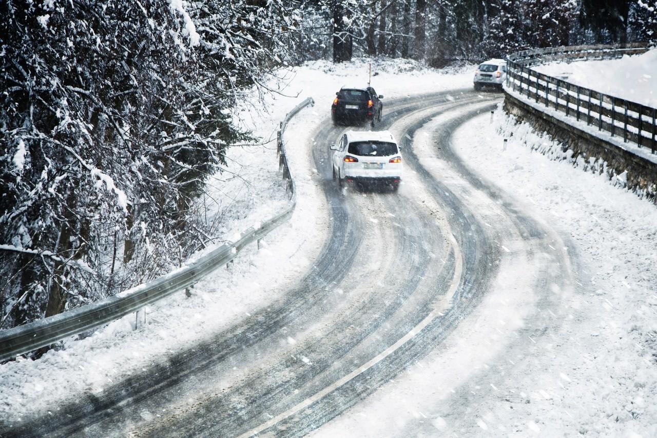 Conduciendo con alerta de nieve