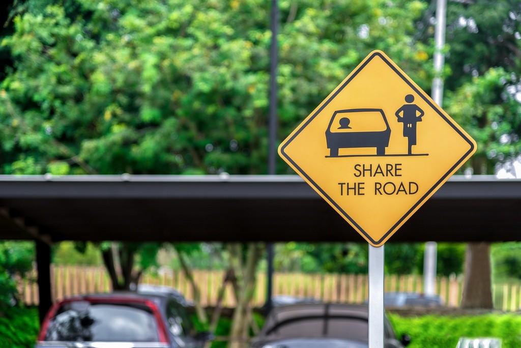 Bicicletas y coches