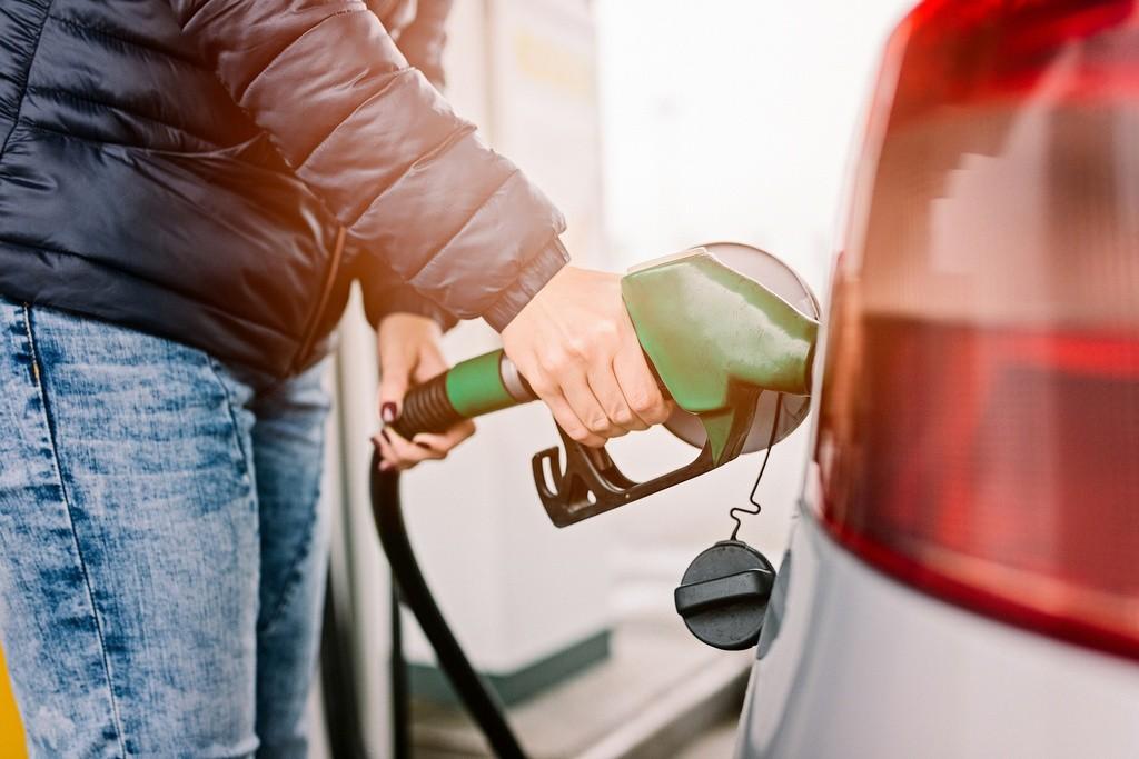 Precio del petróleo y conducción autónoma