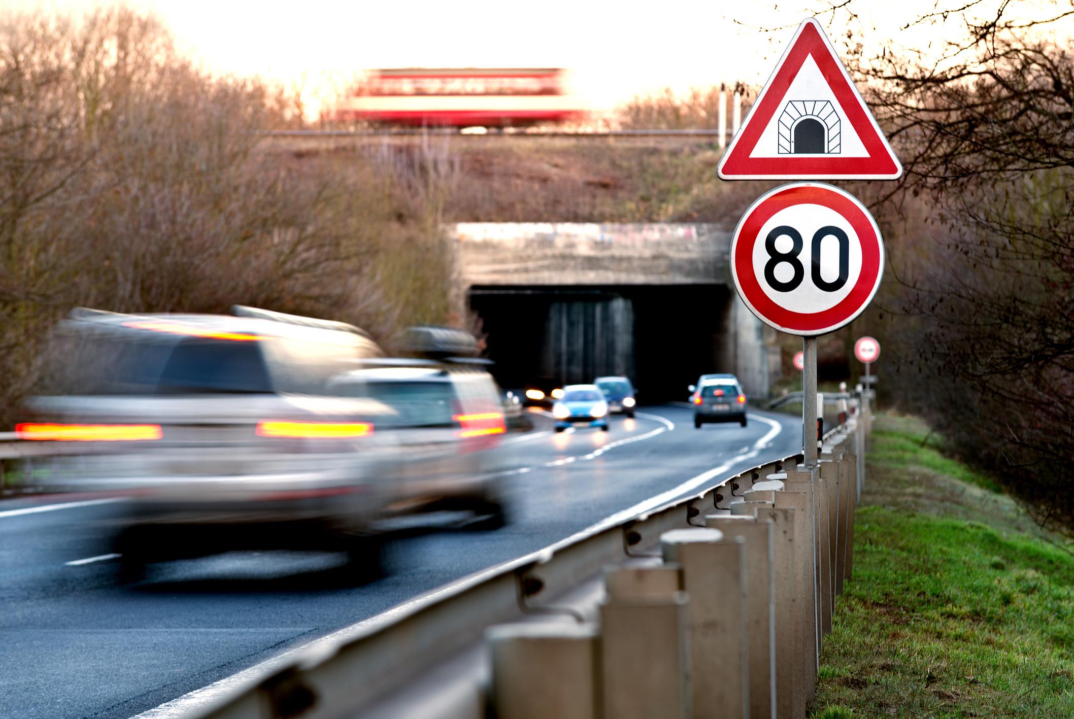 Límite a 80 en carretera convencional