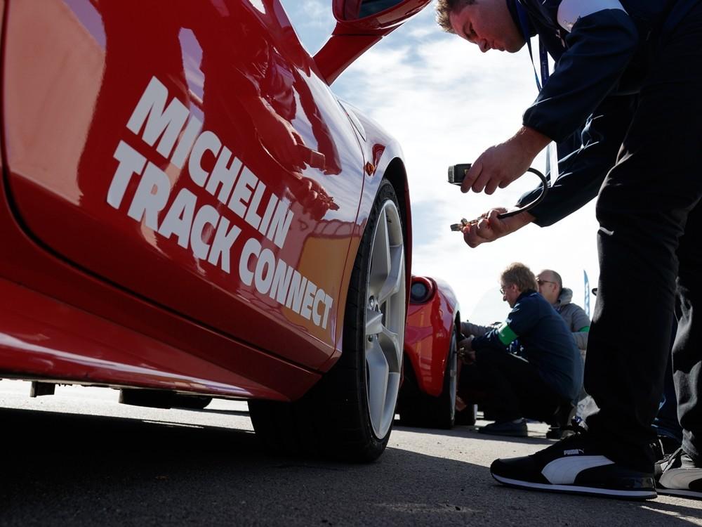 El neumático conectado de Michelin Track Connect