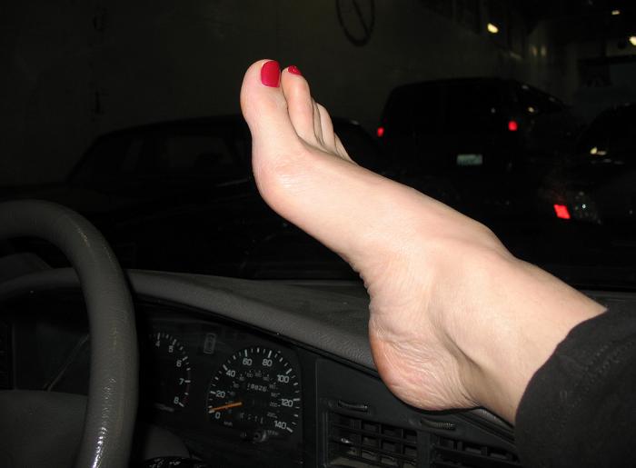 A segurança também passa pelos pés_pés bem cuidados