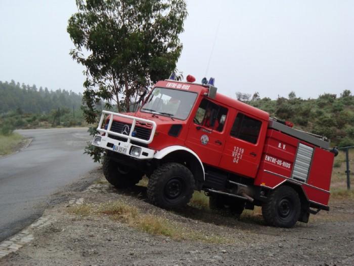 Veiculo pesado de combate a incendio