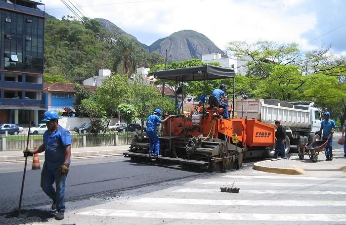 asfaltando