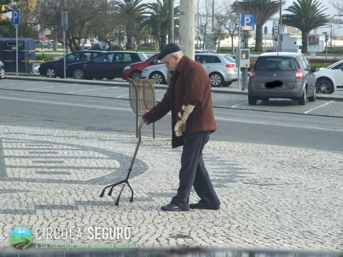 Caminhar em segurança nos passeios