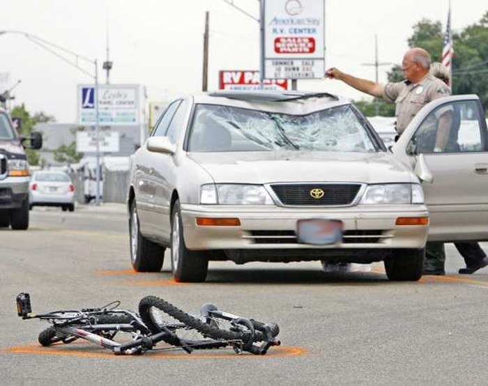 No trânsito rodoviário a bicicleta é o elo mais fraco e o seu condutor a vitima