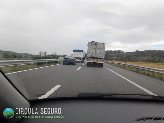 A interminável ultrapassagem dos automóveis pesados