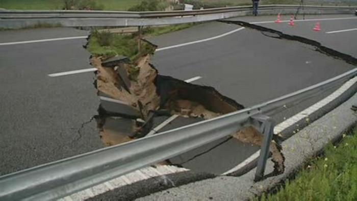 Projecção e manutenção de estaradas afecta a segurança rodoviária