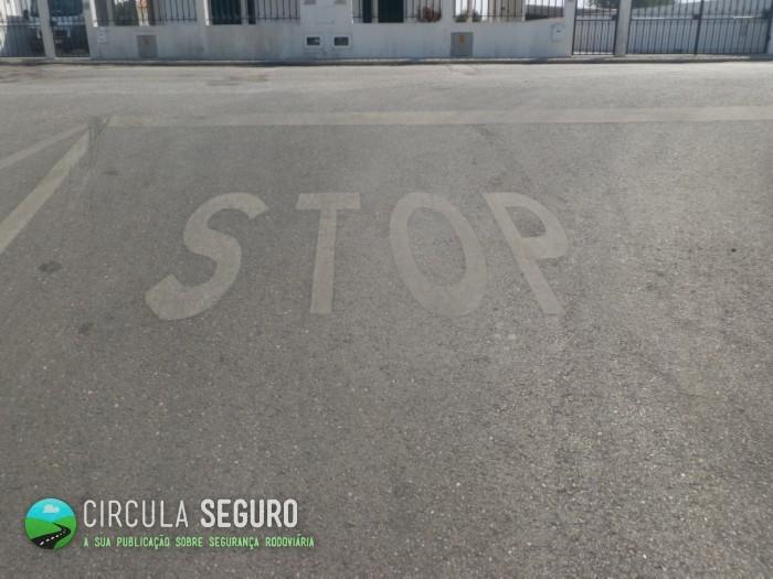 A transgressão ao sinal de Stop por parte dos condutores
