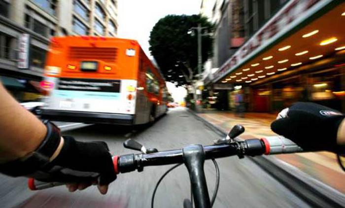 Bicicletas e automóveis - será possível a coabitação?