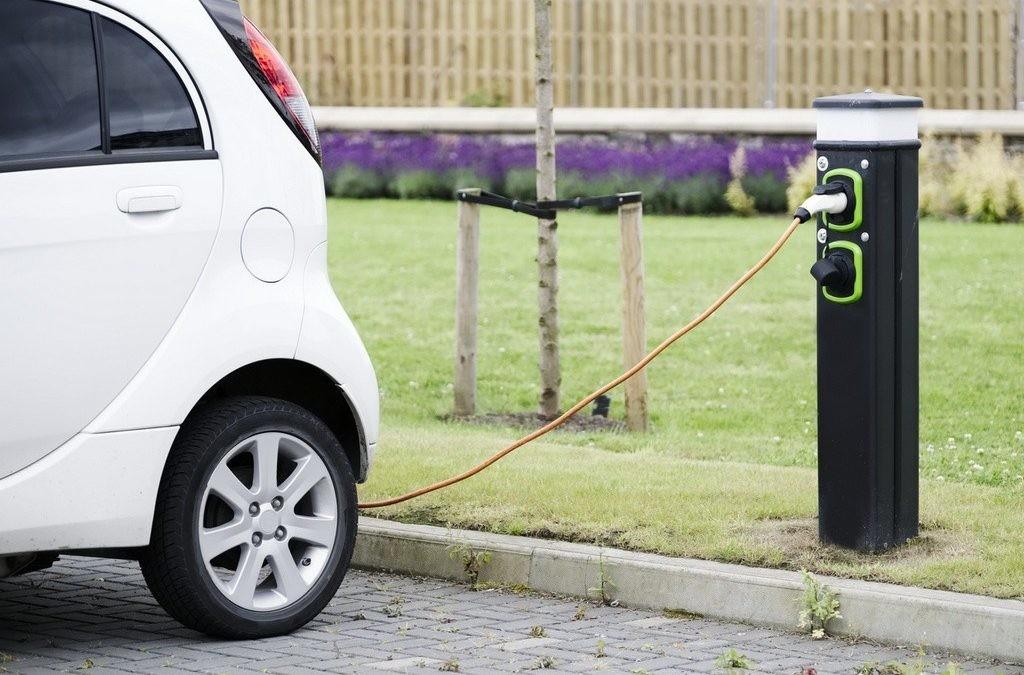 Seis trucos para mimar la batería de tu coche eléctrico