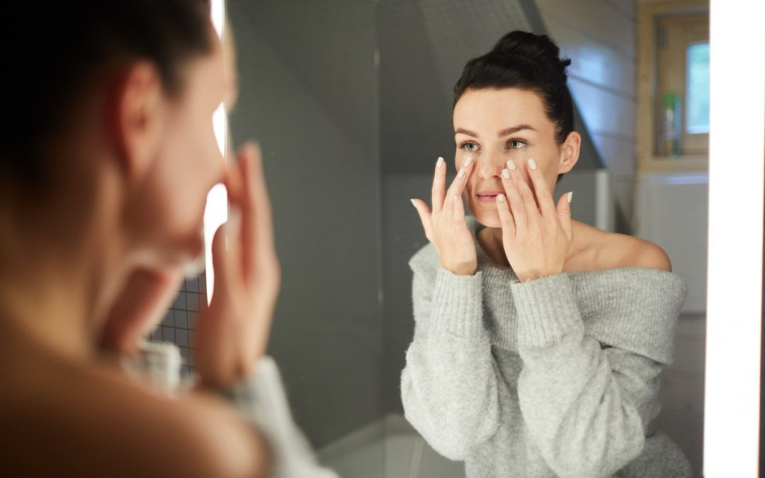 Por qué un sérum antes de la crema de día y cómo completar una rutina perfecta antiedad