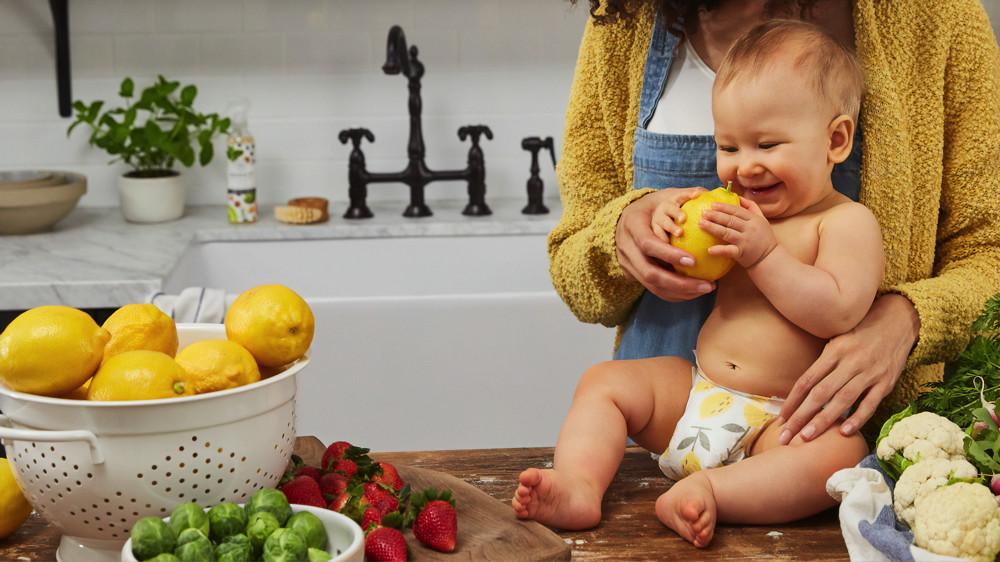 La alimentación de nuestro bebé en verano: productos frescos y mucha hidratación