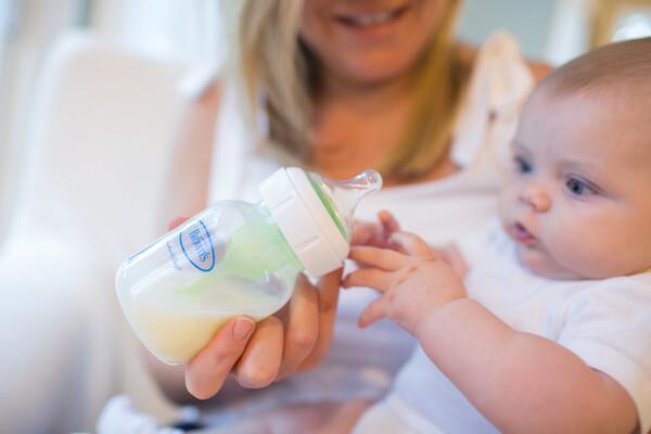 lactancia artificial tetina