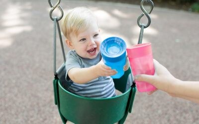 """¡Vacaciones! Con este kit básico para tu bebé y unos consejos de """"supervivencia"""" harás que sean inolvidables"""