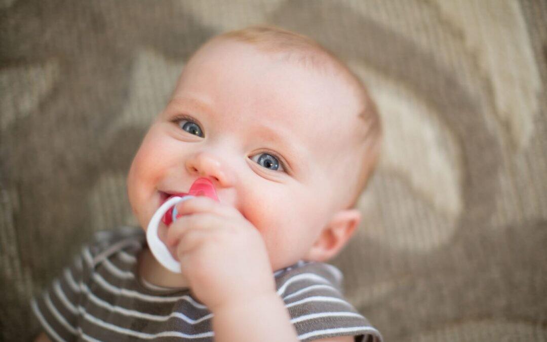 Que la falta de tiempo no se convierta en falta de higiene: cinco accesorios esenciales para limpiar las cosas del bebé