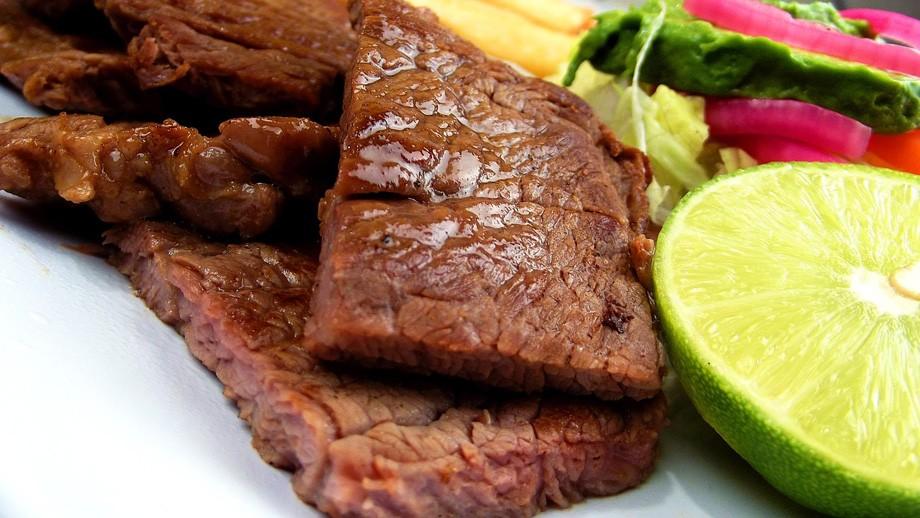 Nuestro genotipo ahorrador es el responsable de que nos guste una buena carne a la brasa