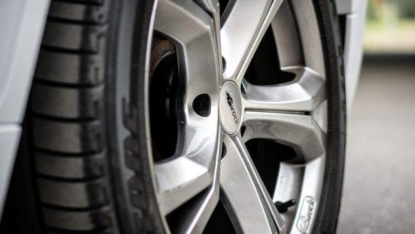 Ahorrar en seguros para neumáticos
