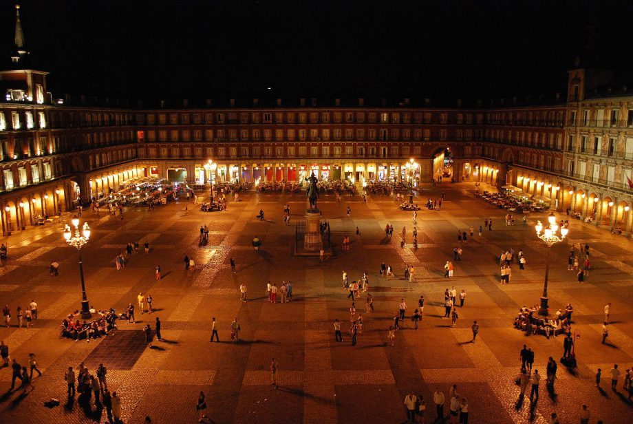 Plaza_Mayor_de_Madrid en 2004