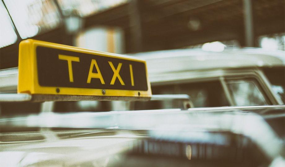 Pedir un taxi con el móvil