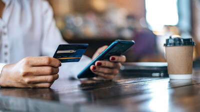 Uso fraudulento tarjetas renta