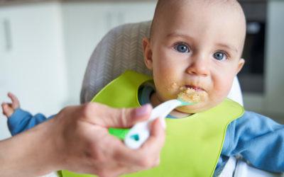 Por qué debes confiar en que tu bebé sabe cuánto debe comer (y cuándo buscar ayuda profesional)