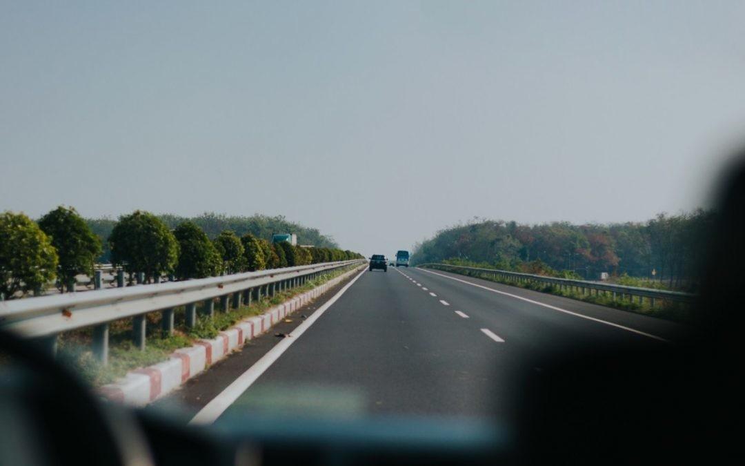 Hipnosis de la carretera, qué es y cómo evitarla