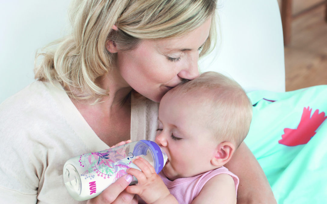 Tetina de látex o silicona, cómo elegir la más adecuada para tu bebé