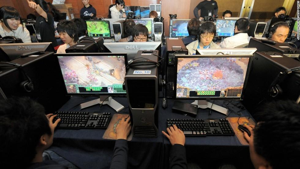 Jóvenes coreanos en un PC Bang.