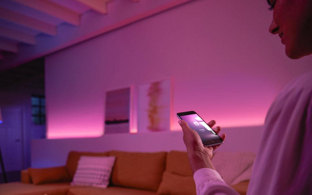 Pocos gadgets, pero bien aprovechados: esto es lo que necesitas para tu primera experiencia smart home