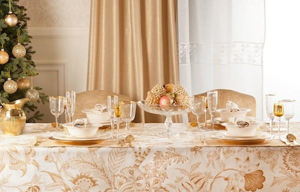 decoracin de navidad dorada para la mesa