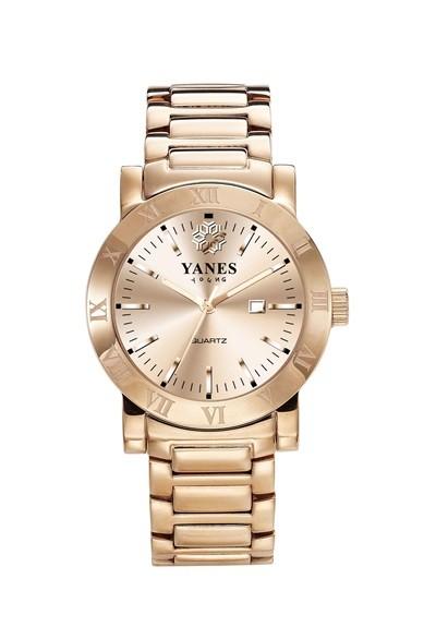 Reloj de acero rosado, de Yanes Young (145€)