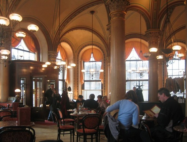 Wien_Cafe_Central_2004