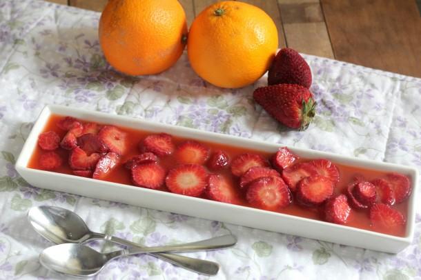 Fresas con zumo naranja