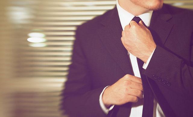 Aprende a hacer el nudo de corbata