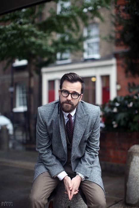 Razones psicológicas por las que los hombres se dejan barba