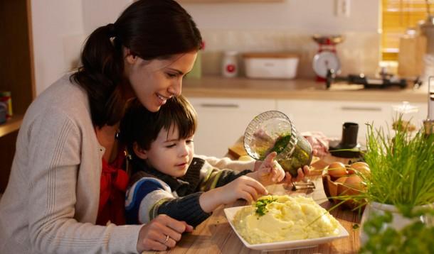 cocinar juntos en divertido
