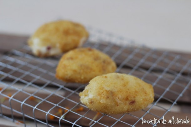 Croquetas cremosas de jamón y pollo (2)