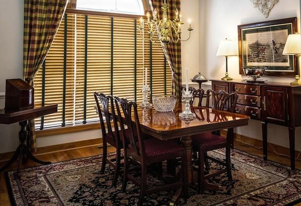 dining-room-397197_1280