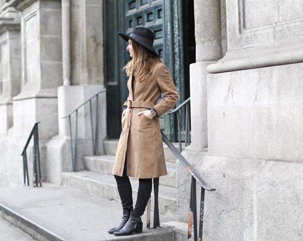 Clochet-vintage-suede-trench-coat-fedora-hat-4