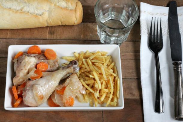 receta tradicional de pollo guisado