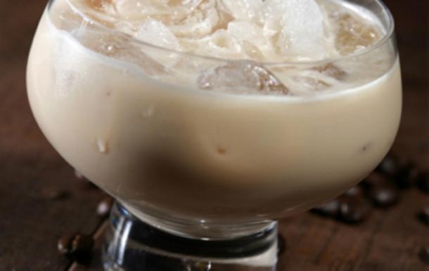 coctel-ruso-blanco-helado-receta