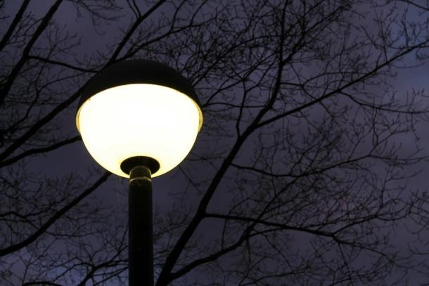 street-lamp-240018_1280