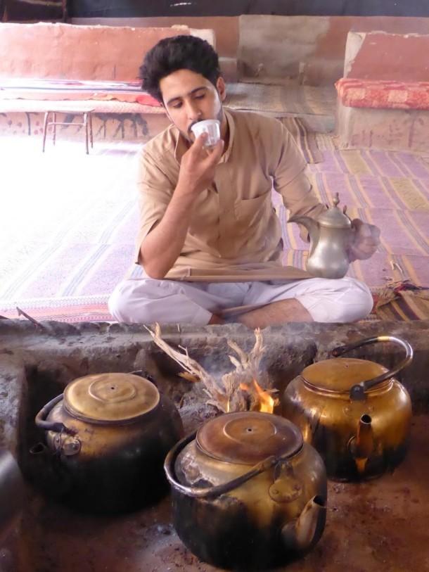 como tomar café árabe