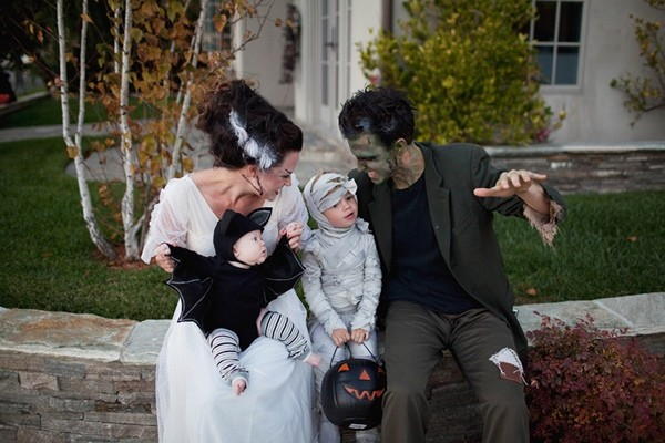 Family-Halloween-Costume