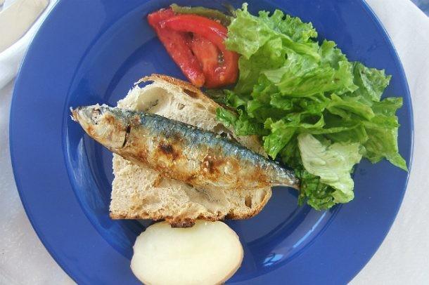 Sardinas en cuaresma c mo cocinarlas sin malos olores en - Como cocinar sardinas ...