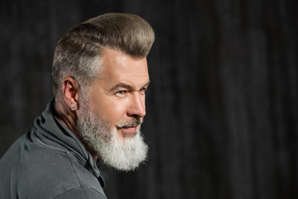 como evitar las canas en la barba