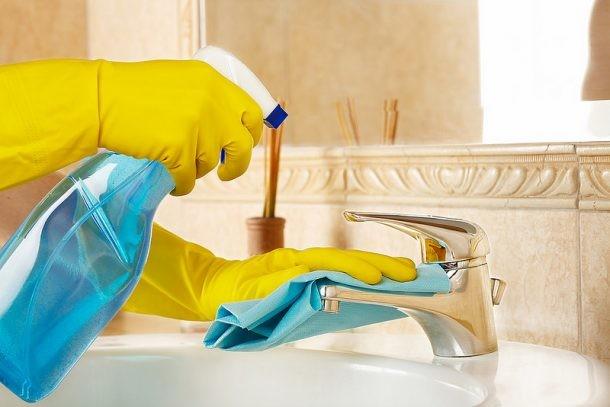 Mantener tu casa ordenada con 15 minutos al d a de - Limpieza banos ...