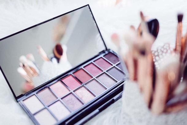 neceser maquillaje productos básicos